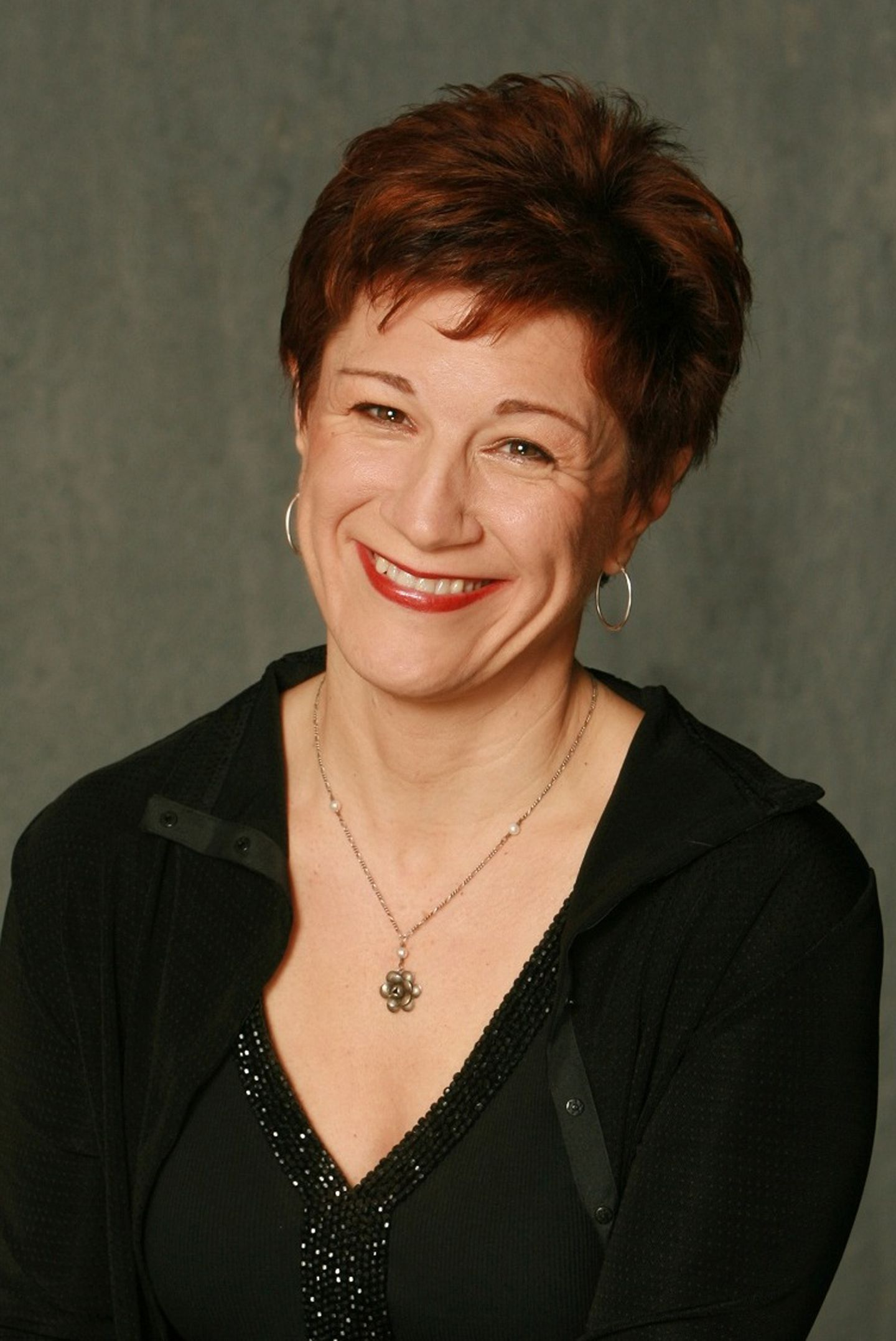 Lisa Kron Headshot